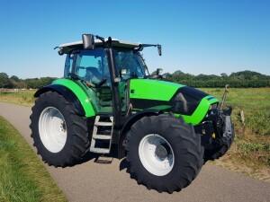 Jong gebruikte Deutz-Fahr Agrotron K 610 afgeleverd